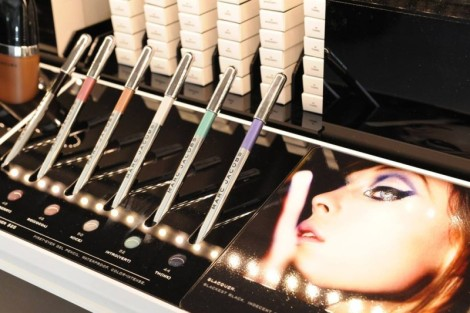 Marc_Jacobs_Beauty_store_1-800x533